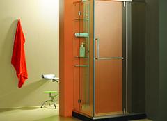 这样选购简易淋浴房,安全舒适有保障