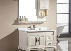 橡木浴室柜怎么选?用对方法是关键