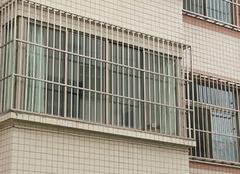 如何选购防盗窗?看这里