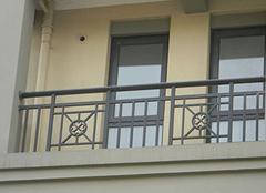 阳台护栏的材料为什么一定要耐用?