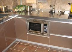 厨房用不锈钢台面怎么样?看看再购买