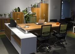 办公室家具日常保养 让办公室焕然一新