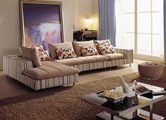 如何选择一款好的布艺沙发?