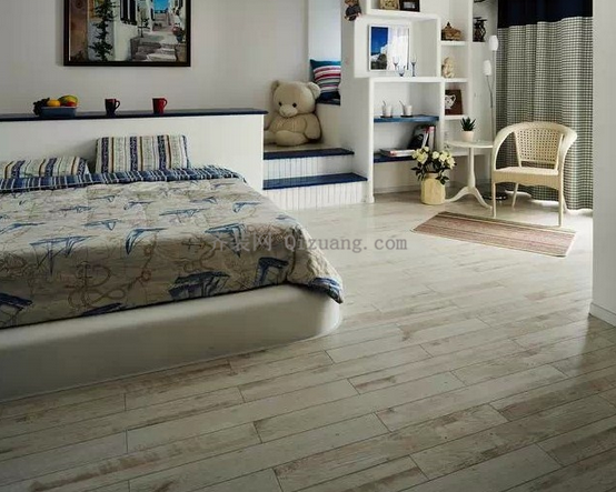 木地板好还是瓷砖好