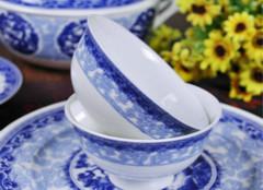 你知道该怎么挑选陶瓷餐具么?