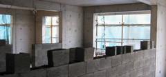 长春楼房突发坍塌致2伤,可见承重墙质量多重要