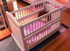 婴儿床隐藏的风险 现在看看还为时不晚