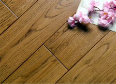 鉴别柚木地板的方法有哪些?