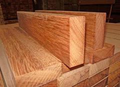 山樟木做成的地板有什么优点