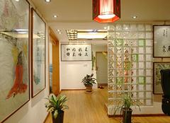 玻璃砖隔墙具备的特点是什么?