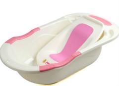 婴儿浴盆是充气的好还是塑料的好?