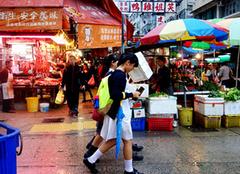 《寒战2》领略香港老建筑群的复古美