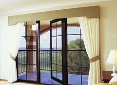 浅析落地玻璃窗的优缺点 选择还是拒绝?