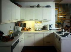 厨房里存在弹性收纳空间 小户型最爱
