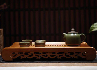 金丝楠木茶盘:双重价值的精品