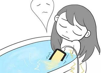 少女卫生间裸死 疑洗澡触电身亡