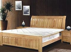 选购实木床 价格需关注