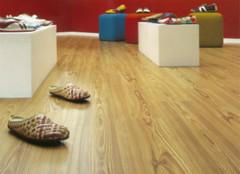 地板选择有误区 小心谨慎是关键