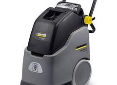 掌握地毯清洗机使用之法 污渍再多又何妨