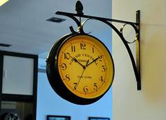 挂钟装饰家居 机械也能如此柔美