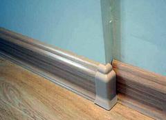 客厅踢脚线材质有哪些?踢脚线装修时的注意事项