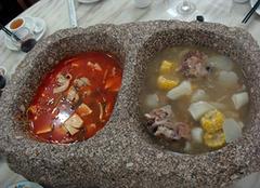 麦饭石锅的功效及其使用时需要注意的事项