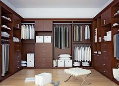 什么是步入式衣柜 三款步入式衣柜图片