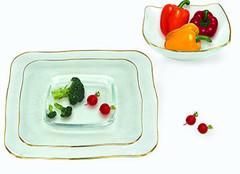 哪种厨房常见的餐具材质比较健康呢?