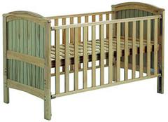 幼儿床款式介绍 幼儿床床垫要求揭秘