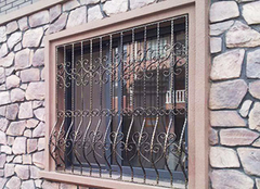 铁艺防盗窗的优缺点 铁艺防盗窗价格