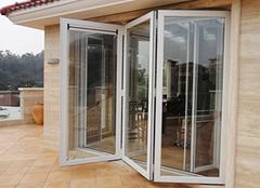 铝合金折叠门的优点及选购技巧