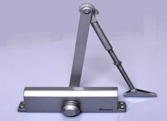 自动闭门器如何安装 自动闭门器正确调节方法
