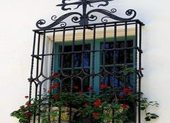 铁艺防盗窗的特点 铁艺防盗窗价格介绍