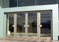 不锈钢玻璃门的种类 不锈钢玻璃门安装价格