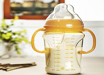 奶瓶材质及其优缺点介绍