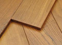 柚木地板打蜡方法 柚木地板打蜡注意事项