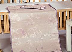 不同婴儿床凉席材质优缺点分析