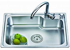 厨房用具洗菜盆应该如何选购才安心