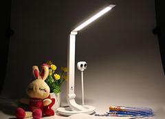 智能台灯优势有哪些 智能新生活从现在开始