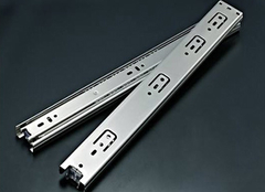 橱柜滑轨选购要素及具体安装方法