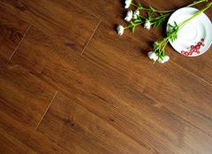强化木地板选购小诀窍 让家居更清新