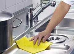 有了这几招 厨房瓷砖清洁再也不是问题