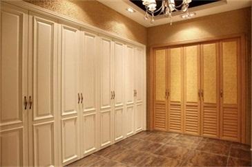 如何鉴别实木衣柜与非实木衣柜