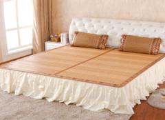 夏季乳胶床垫上面铺什么 对比选择更简单
