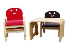 儿童桌椅设计四大原则 让宝贝健康成长