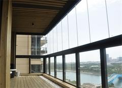 阳台防护栏安装 哪一种最好