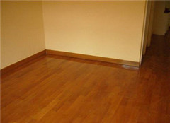 用旧的地板如何翻新 今天让你不再困扰