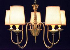 欧普射灯的三大优势 家居客厅氛围营造着