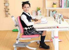升降儿童书桌选择知识 这样选更舒适