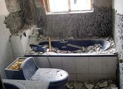 卫生间拆除怎么做 翻新施工要注意
